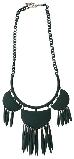 Preload https://img-static.tradesy.com/item/25775418/baublebar-hunter-green-fringe-bib-statement-necklace-0-1-540-540.jpg