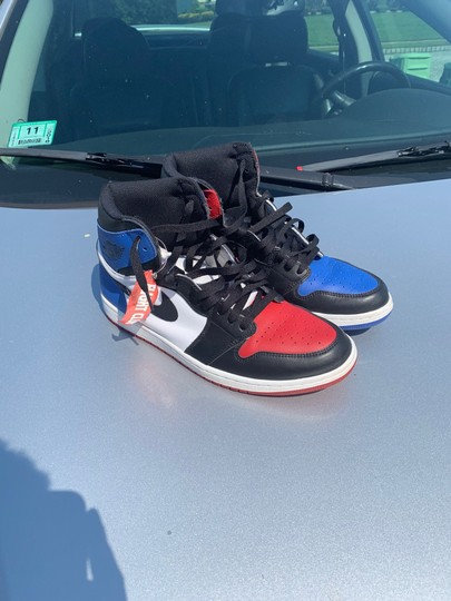 Nike black red blue Athletic Image 1