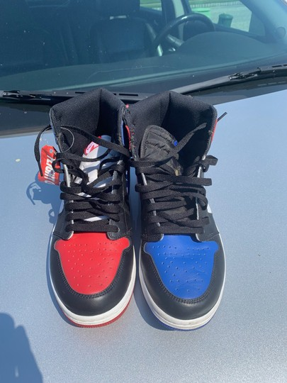 Nike black red blue Athletic Image 2