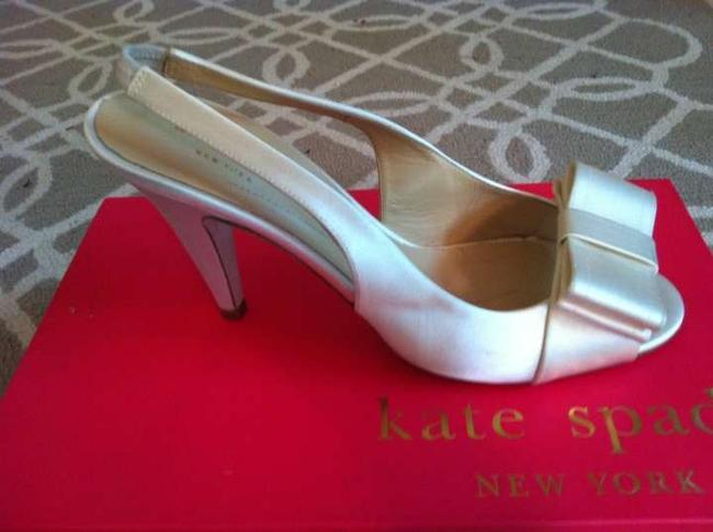 Item - Ivory The You Have Been Looking For Formal Size US 7.5