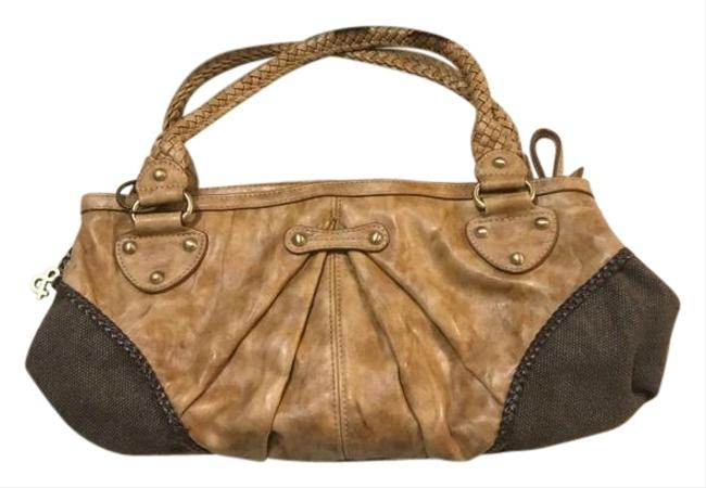 Item - Distressed Leather Brown Tan Clutch