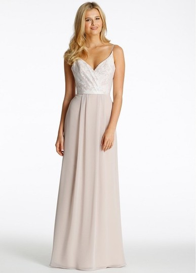Preload https://img-static.tradesy.com/item/25777883/hayley-paige-ivorycandlelightcashmere-chiffon-and-tuileries-5605-feminine-bridesmaidmob-dress-size-1-0-0-540-540.jpg