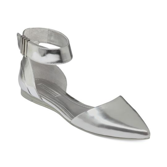 Preload https://img-static.tradesy.com/item/25777950/bcbgeneration-silver-tilda-flats-size-us-75-regular-m-b-0-0-540-540.jpg
