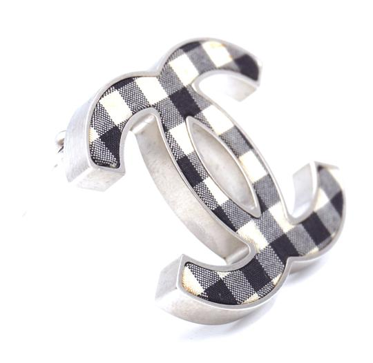 Chanel Rare CC Ginham silver Brooch pin charm Image 8