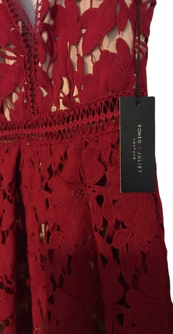 Item - Burgundy and Beige Lining Party Mid-length Night Out Dress Size 4 (S)