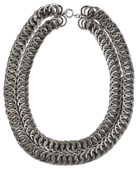 Preload https://img-static.tradesy.com/item/25779025/silver-massive-etched-double-strand-chain-necklace-0-1-540-540.jpg