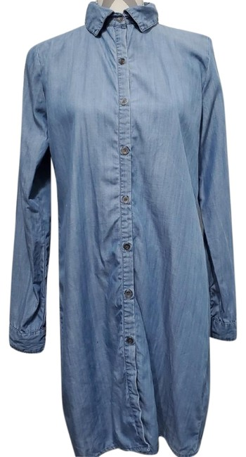 Preload https://img-static.tradesy.com/item/25779263/bobeau-blue-chambray-button-down-lace-short-casual-dress-size-6-s-0-1-650-650.jpg