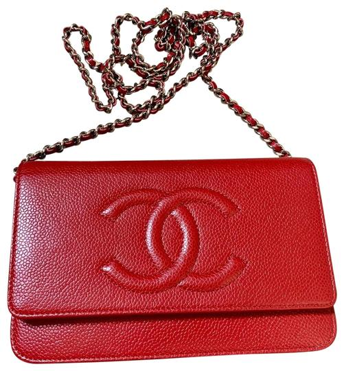 Preload https://img-static.tradesy.com/item/25779278/chanel-wallet-on-chain-caviar-timeless-cc-red-cross-body-bag-0-1-540-540.jpg