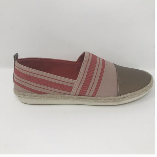 Easy Spirit Pink and Gold Flats Image 2