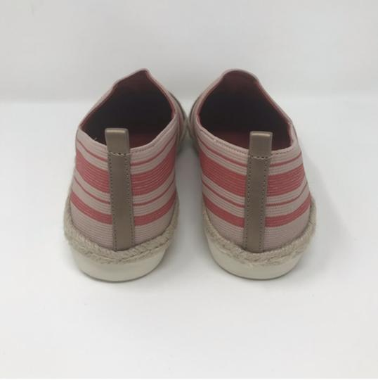 Easy Spirit Pink and Gold Flats Image 4
