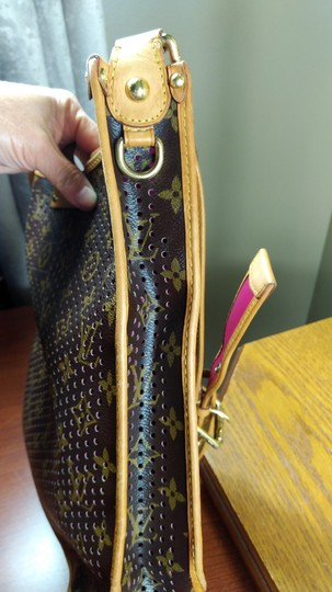 Louis Vuitton Limited Edition Perforated Musette Shoulder Bag Image 3