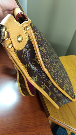 Louis Vuitton Limited Edition Perforated Musette Shoulder Bag Image 5