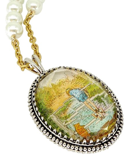 Preload https://img-static.tradesy.com/item/25779943/disney-couture-winnie-pooh-a-little-thought-for-others-necklacenew-necklace-0-1-540-540.jpg