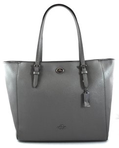 3b17fd1e15e Grey Coach Totes - Up to 70% off at Tradesy
