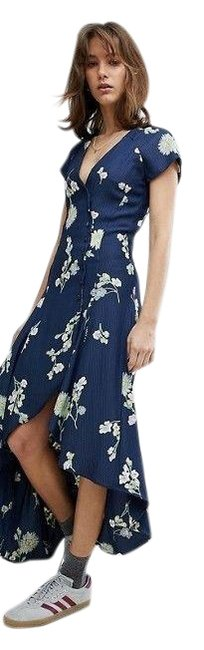 Item - Blue Floral Lost In You Midi Mid-length Casual Maxi Dress Size 12 (L)