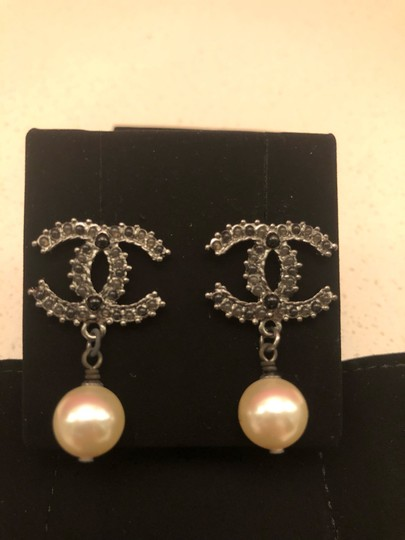 Chanel Chanel boucles orilles Earrings Image 1