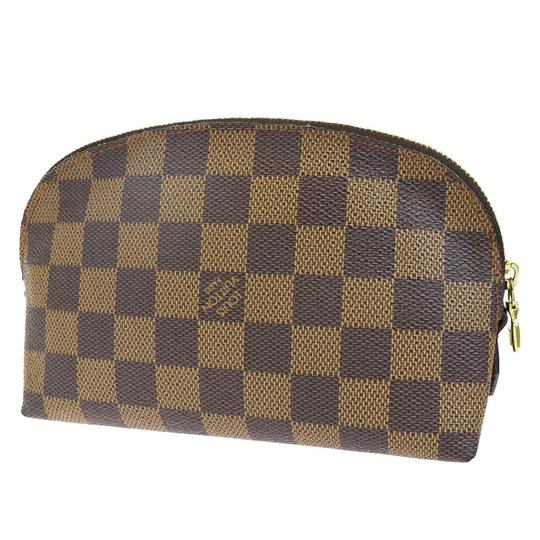 Preload https://img-static.tradesy.com/item/25781884/louis-vuitton-brown-pouch-damier-leather-cosmetic-bag-0-0-540-540.jpg