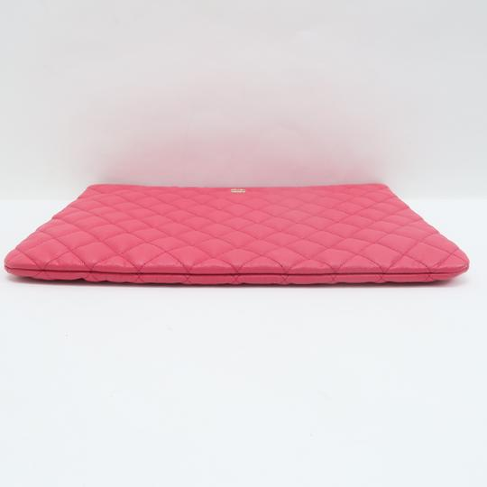 Chanel Quilted O-case Large Coral Clutch Image 3