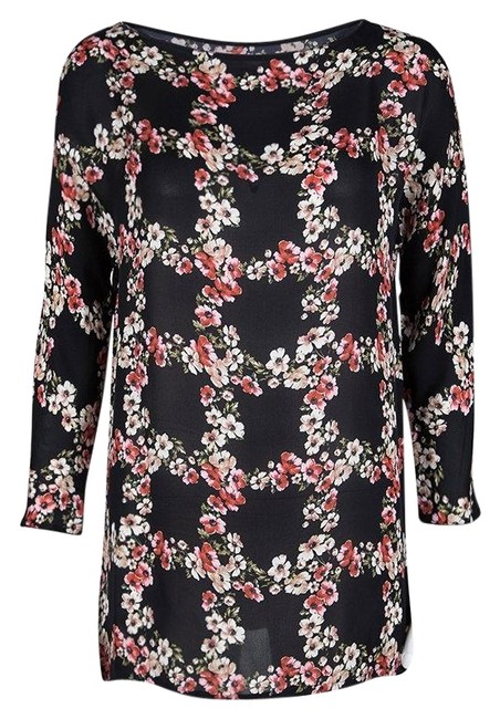 Preload https://img-static.tradesy.com/item/25782108/dolce-and-gabbana-black-floral-print-checked-pattern-silk-s-blouse-size-6-s-0-1-650-650.jpg