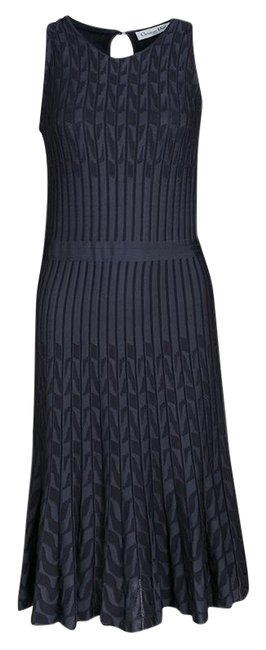 Preload https://img-static.tradesy.com/item/25782109/dior-grey-patterned-jaquard-rib-knit-sleeveless-fit-and-flare-mid-length-casual-maxi-dress-size-8-m-0-1-650-650.jpg