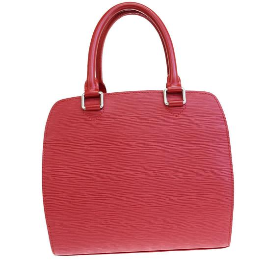 Preload https://img-static.tradesy.com/item/25782317/louis-vuitton-pont-neuf-hand-red-epi-leather-tote-0-0-540-540.jpg