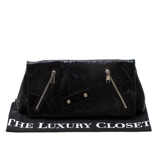 Alexander McQueen Leather Fabric Black Clutch Image 10