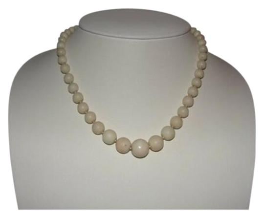 Preload https://img-static.tradesy.com/item/25782373/silver-graduated-angelskin-coral-necklace-0-1-540-540.jpg