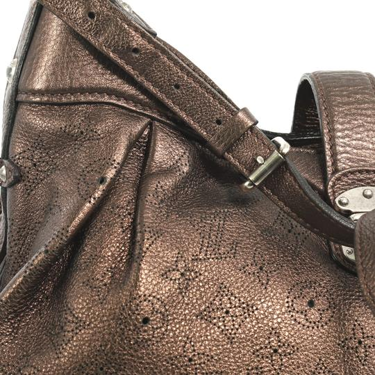 Louis Vuitton Crossbody Leather Satchel in brown Image 7
