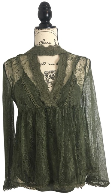 Preload https://img-static.tradesy.com/item/25782451/taylor-and-sage-green-and-lace-small-blouse-size-6-s-0-1-650-650.jpg