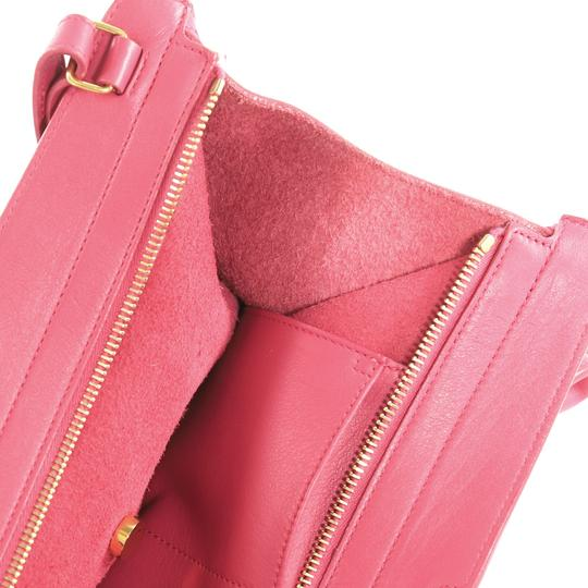 Saint Laurent Classic Cabas Satchel in pink Image 9