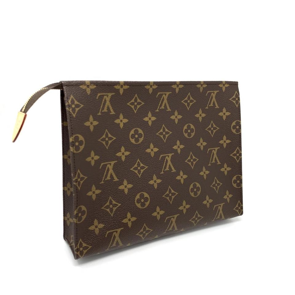 b49b11cea20 Louis Vuitton Brown Toiletry Pouch Monogram 26 Cosmetic Bag