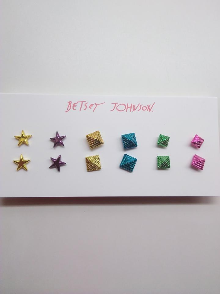 799864738b684 Betsey Johnson Hot Pink New Neon Star and Pyramid 6 Sets Earrings 14% off  retail