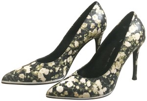 Givenchy Stiletto Made In Italy White, Floral Pumps