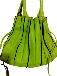 Lupo Ital Leather Handbag Satchel in Lime