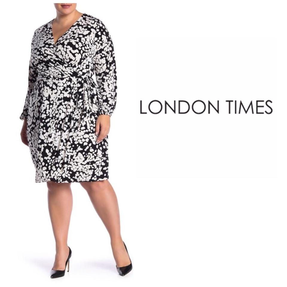 London Times Black White Long Sleeve Surplice Neck Short Work/Office Dress  Size 26 (Plus 3x) 57% off retail