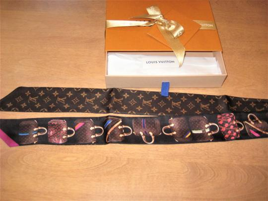 Louis Vuitton Authentic **BNIB** LOUIS VUITTON Monogram SUMMER TRUNK Silk BANDEAU Image 4
