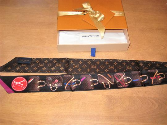 Louis Vuitton Authentic **BNIB** LOUIS VUITTON Monogram SUMMER TRUNK Silk BANDEAU Image 5