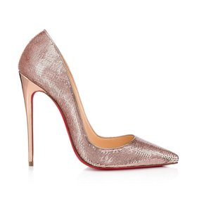 Christian Louboutin Blogger Fashion Party Night Out Work Gold Pumps
