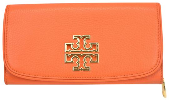 Preload https://img-static.tradesy.com/item/25791074/tory-burch-orange-britten-spiced-duo-leather-envelope-continental-wallet-0-1-540-540.jpg