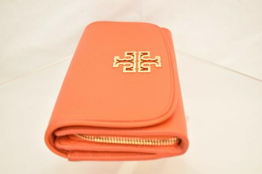 Tory Burch SPICED ORANGE BRITTEN DUO LEATHER ENVELOPE CONTINENTAL WALLET Image 2