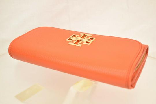 Tory Burch SPICED ORANGE BRITTEN DUO LEATHER ENVELOPE CONTINENTAL WALLET Image 4