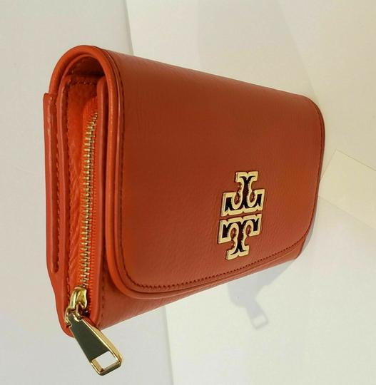 Tory Burch SPICED ORANGE BRITTEN DUO LEATHER ENVELOPE CONTINENTAL WALLET Image 5