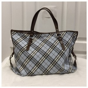Burberry Tote in blue