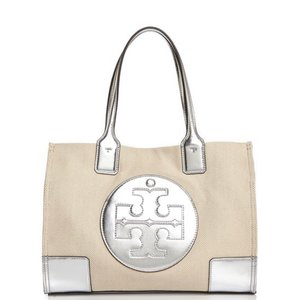 Tory Burch Tote in Sliver/Natural