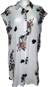 Vince Camuto Floral Floral Cap Sleeves Button Down Shirt white