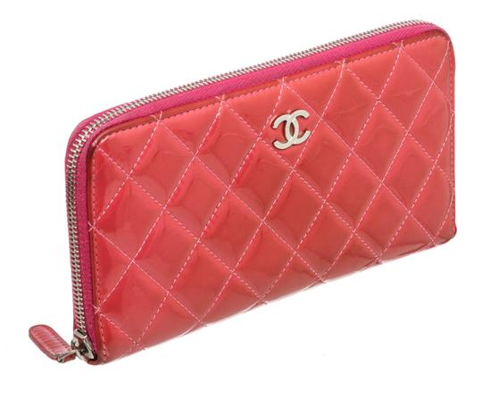 Chanel Chanel Pink Quilted Patent Leather Zippy Wallet Image 1