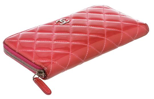 Chanel Chanel Pink Quilted Patent Leather Zippy Wallet Image 3