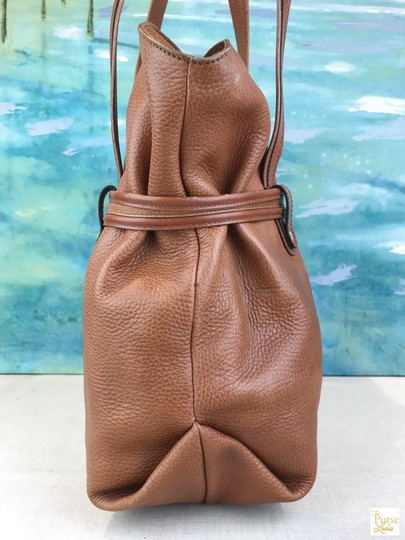 Céline Leather Shoulder Gold-tone Hardware Tote in Brown Image 2