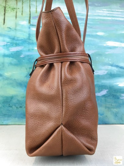 Céline Leather Shoulder Gold-tone Hardware Tote in Brown Image 3
