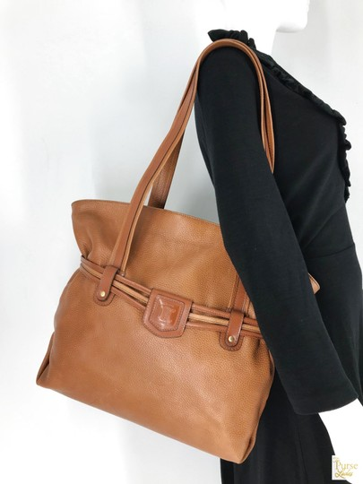 Céline Leather Shoulder Gold-tone Hardware Tote in Brown Image 7